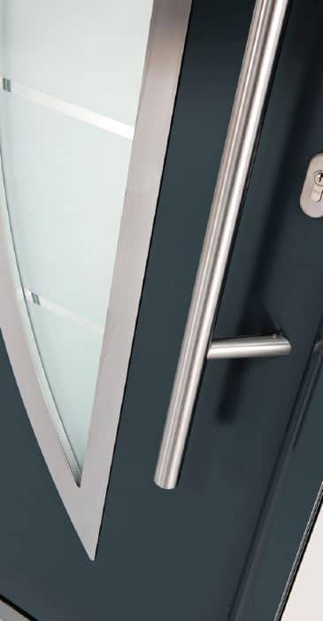 Détail de la porte d'entrée métal modèle saphir