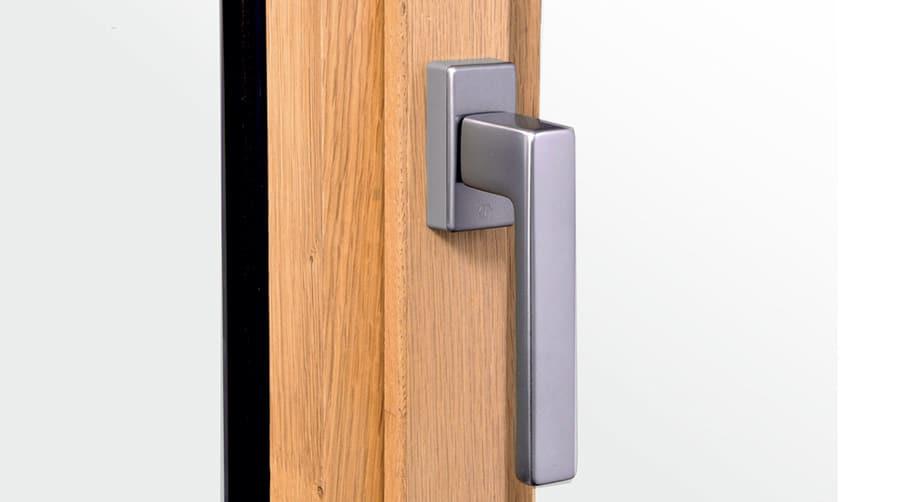 poignee centree pour fenetre en bois et aluminium mixte gamme m3D