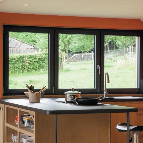 le concept multicoloration millet fabricant de portes et fen tres sur mesure. Black Bedroom Furniture Sets. Home Design Ideas