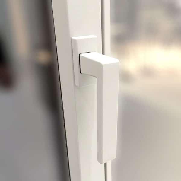poignée laquée couleur menuiserie siMple la fenêtre