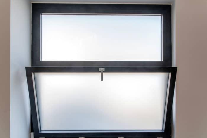 Ouverture fenêtre Alu en oscillant-battant