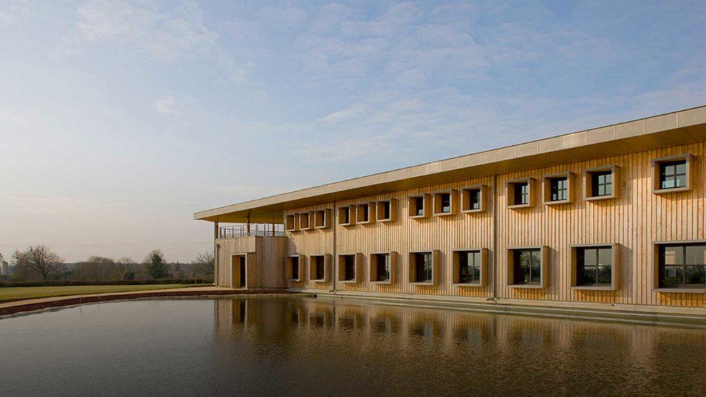 Façade de notre bâtiment bioclimatique